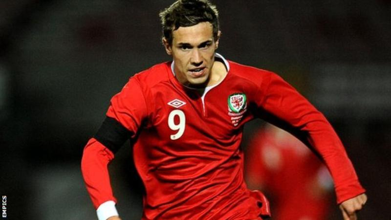 Tom Bradshaw scored once in eight games for the Wales U21s