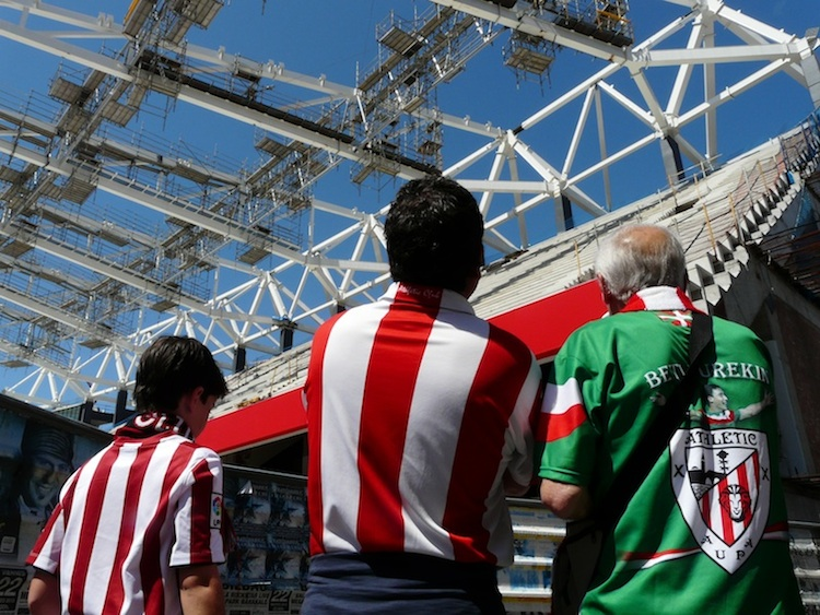 Three generations of Bilbao fans take a tour of San Mames