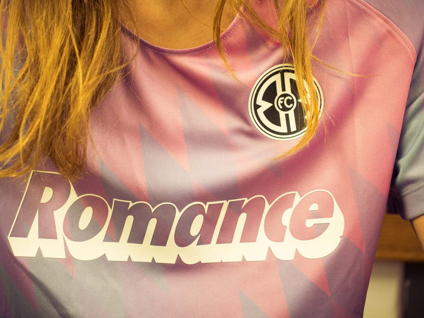 Lagoon dreaming and sunset crushing: Unveiling the new Romance FC kit